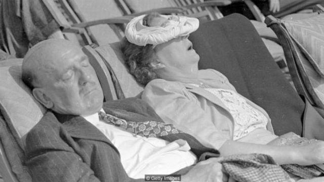 之所以需要中午小睡,是因为晚上缺觉。(图片来源:Getty Images)