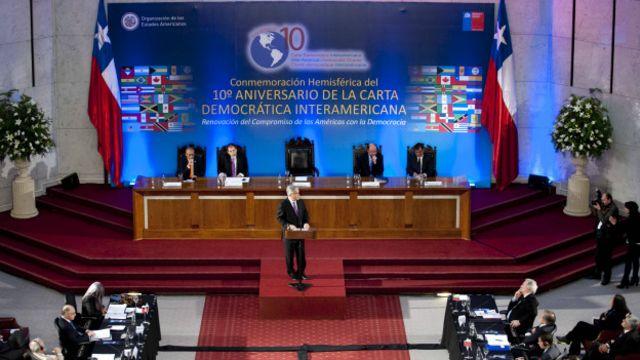 En 2011 se celebró el décimo aniversario de la firma de la Carta Democrática Interamericana durante la Asamblea General de la OEA en Chile.