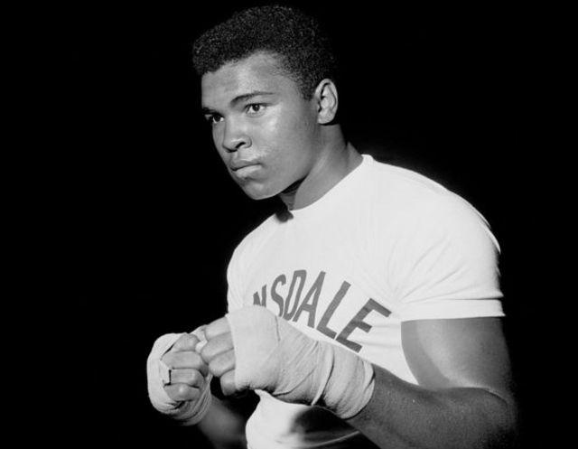Gambar Mohammad Ali Legenda Tinju Dunia Muhammad Ali Meninggal Di Usia 74 Tahun Bbc News Indonesia