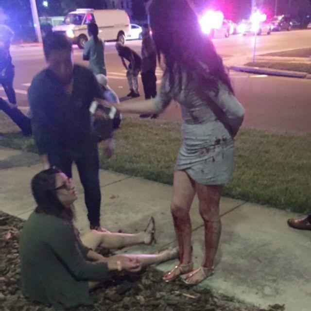Медики оказывали пострадавшим помощь прямо на тротуарах