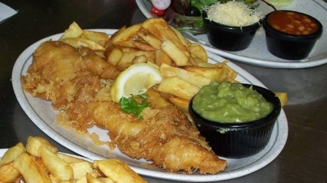 炸魚和薯條是英國「國菜」之一。北約克郡漁港韋特比的炸魚薯條名揚世界。