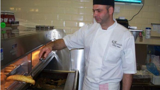 弗斯科的餐館用進口魚和英國土豆。