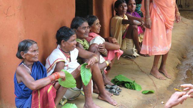 सुकमा गांव के लोग