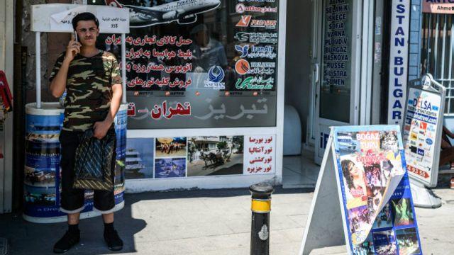 Suriyeli sığınmacıların bir kısmı İstanbul'un Fatih semtinde iş buluyor.