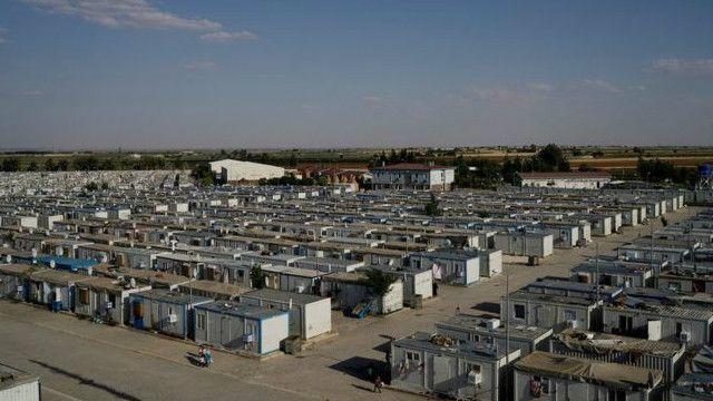 معظم اللاجئين السوريين مشمولون بقرار الحماية المؤقتة الذي اصدرته الحكومة التركية