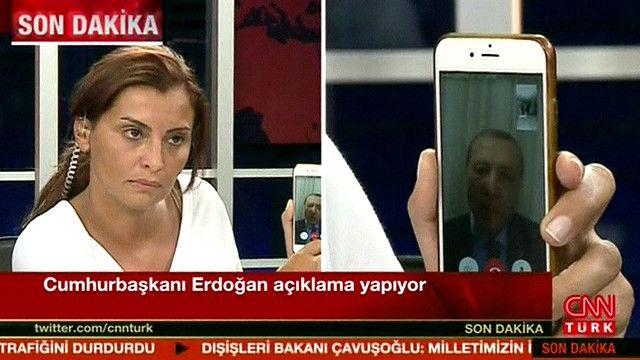 اردوغان یوه شپه وړاندې هم له یوې ټلویزیونې شبکې سره په خبرو کې له خلکو وغوښتل لارو کوڅو ته راووځي او د کودتا مخنیوی وکړي.