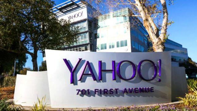 بيعت ياهو لعملاق الاتصالات الأمريكي فيرايزون بمبلغ 4.8 مليار دولارفي يوليو/ تموز