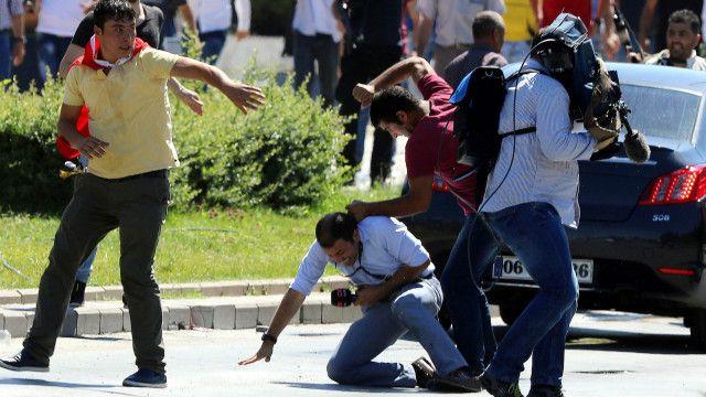 ترکی میں صحافیوں کے خلاف کارروائیاں جاری ہیں