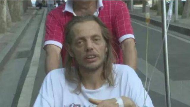 荷蘭男子苦等10天後疲力竭被送進了醫院