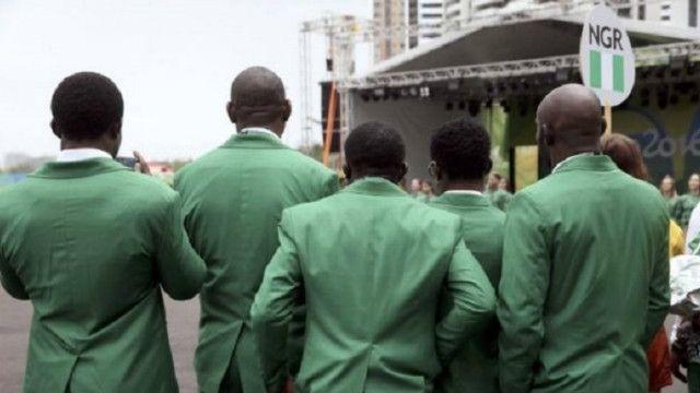 يحصل الرياضي النيجيري الحائز على ميدالية ذهبية على 2000 دولار