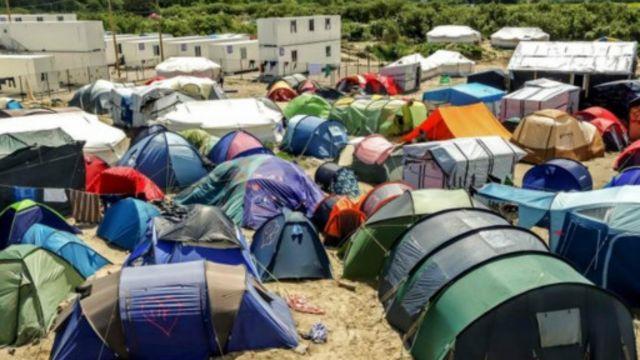 加萊「叢林」營地被很多人所詬病