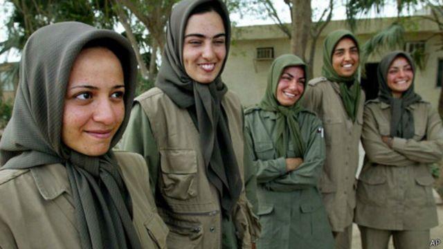 """اعضای """"ارتش آزادی بخش ایران"""" در اشرف"""