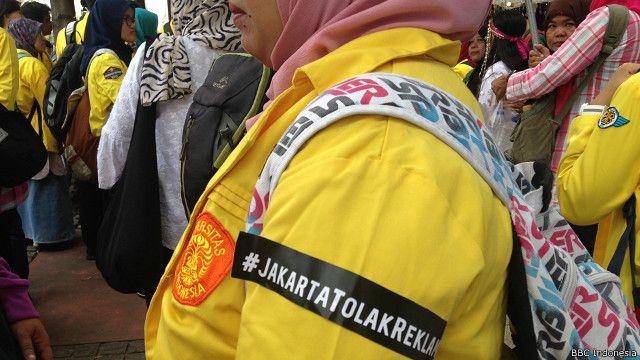 Mahasiswa UI yang tergabung dalam BEM menolak reklamasi di Teluk Jakarta.
