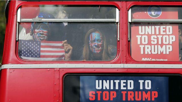 يقيم الملايين من الامريكيين في الخارج، 220 الفا منهم في بريطانيا لوحدها. ولا يشارك منهم عادة في الانتخابات  الا 12 بالمئة.
