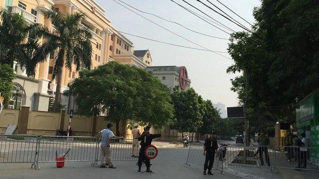 An ninh được thắt chặt quanh khu vực Tòa án Nhân dân Cấp cao Hà Nội