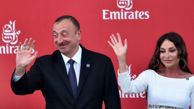 مخالفان آقای علیاف او را متهم میکنند که قصد دارد همسرش، مهربان علیوا را که در حال حاضر نماینده پارلمان و معاون حزب آذربایجان نوین است، به سمت معاون اولی خود منصوب کند