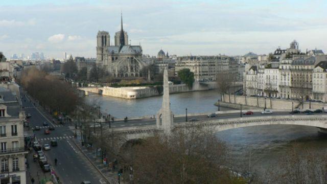 世人對巴黎的印象更多是浪漫、藝術、文化和時尚。