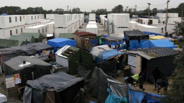 法國當局上月宣佈徹底拆除「叢林」難民營