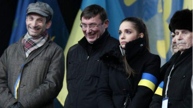 На сцені Майдану