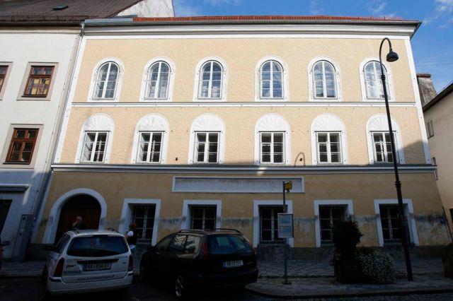 Inzu Adolf Hitler yavukiyemo mu mujyi wa Braunau am Inn, muri Otrishe