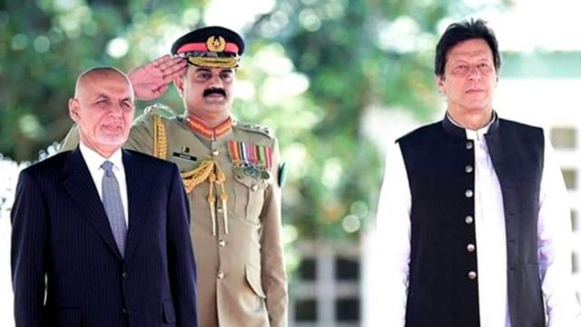 عمران خان، اشرف غنی