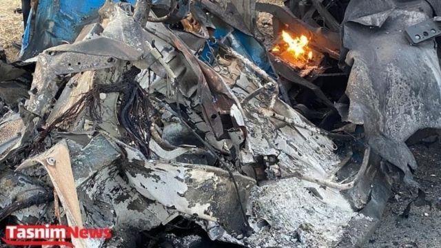 تصویری از نیسان آبی که گفته میشود مواد منفجره در آن کار گذاشته شده بوده است