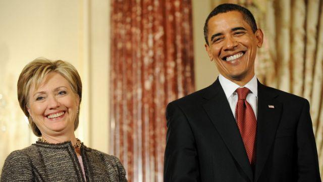 2009: Barack Obama y Hillary Clinton.