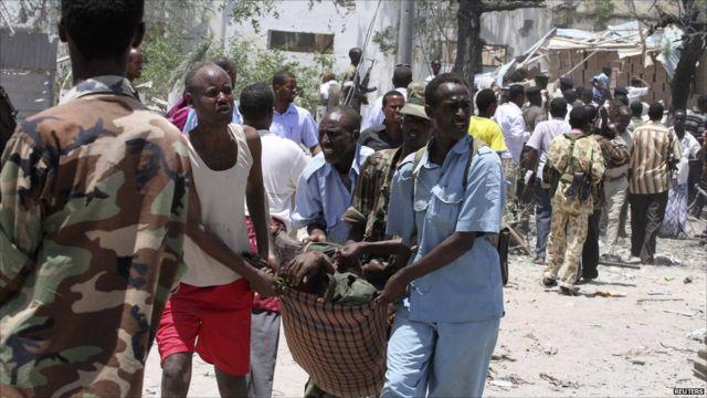 Umwiyahuzi w'ibisazu bya bombe yishe abantu bane muri Somaliya