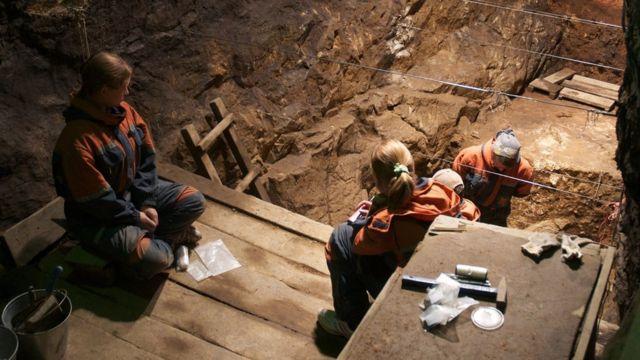 ネアンデルタール人の骨はシベリアの洞窟で見つかった