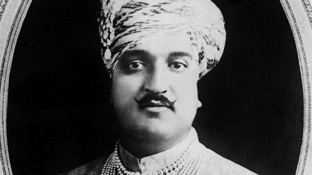 ১৯৪৭ সালে কাশ্মীরের শাসক ছিলেন হরি সিং