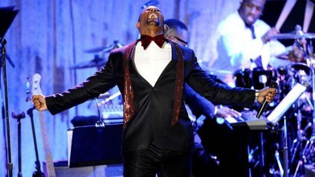 R Kelly durante un concierto