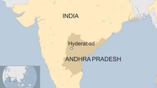 দক্ষিণ ভারতের হায়দ্রাবাদ শহরে, জনসমক্ষেই ওই যুবক পেট্রল ঢেলে আগুন দিয়ে দেয় ওই যুবতীর গায়ে