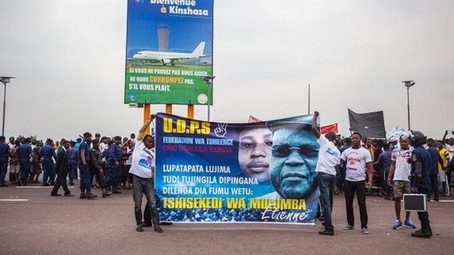 """Le """"Sphynx de Limete"""", comme le surnommaient ses partisans, a été triomphalement accueilli à Kinshasa en juillet 2016, après deux ans passés à Bruxelles."""
