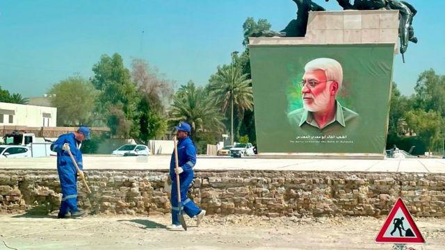 قُتل أبو مهدي المهندس إلى جانب الجنرال الإيراني قاسم سليماني في غارة أمريكية بطائرة مسيرة في يناير/كانون الثاني 2020
