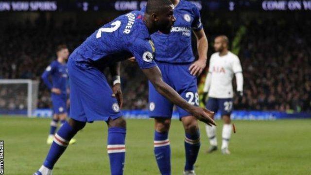 Rigize kabiri mu ndwi zitatu gusa urukino rwa Premier League ruhagarara kubera ivangura rishingiye ku rukoba
