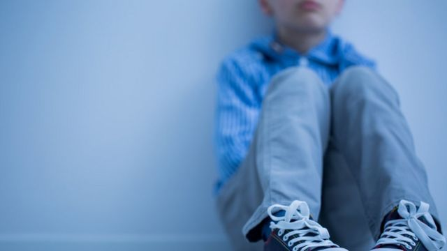 Too many children in mental health hospitals, says report