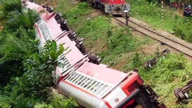 कैमरून में ट्रेन हादसे की तस्वीर