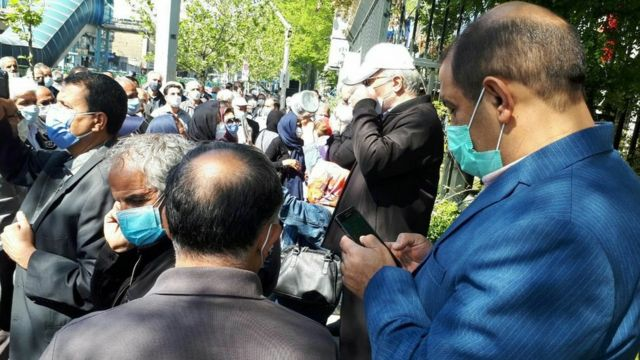 روز گذشته اسماعیل گرامی، کارگر بازنشسته و از فعالان حقوق بازنشستگان در منزلش بازداشت شد