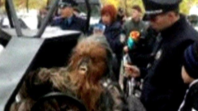 Man dressed as Chewbacca is stopped by police