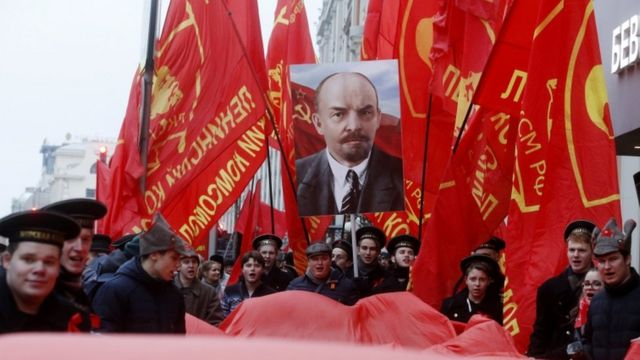 СССР большевиклар лидери Владимир Лениннинг ғояларига асосланганди.