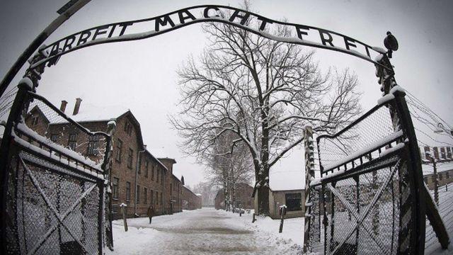 Soykırım uluslararası hukuka Holokost'ta bütün ailesini kaybeden bir Yahudi hukukçunun çabalarıyla girdi
