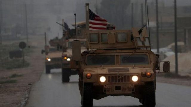 """آقای ترامپ اعلام کرده که به وزارت دفاع دستور داده تا برای """"خروج فوری"""" دو هزار نیروی آمریکایی از سوریه آماده شود"""