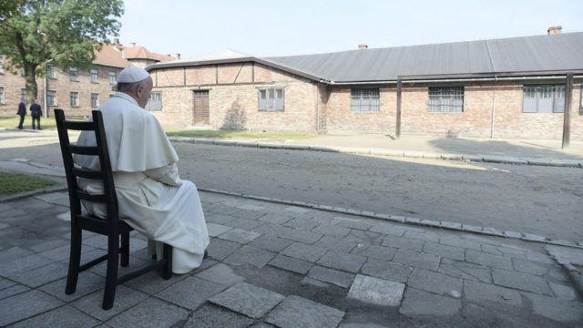 Pope Francis en Auschwitz
