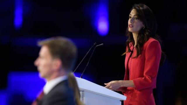 Amal Clooney và Jeremy Hunt cũng phát biểu tại hội nghị.