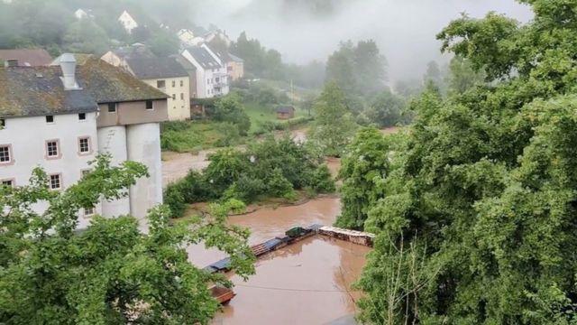 Vista de una zona inundada en Kyllburg, Alemania.