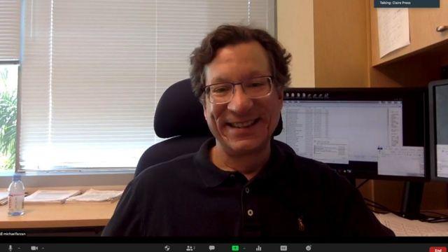 Profesor de inmunología y microbiología Mike Farzan