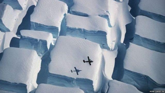 अंटार्टिकामधी बर्फ