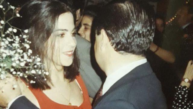 Analía Kalinec dançando com o pai