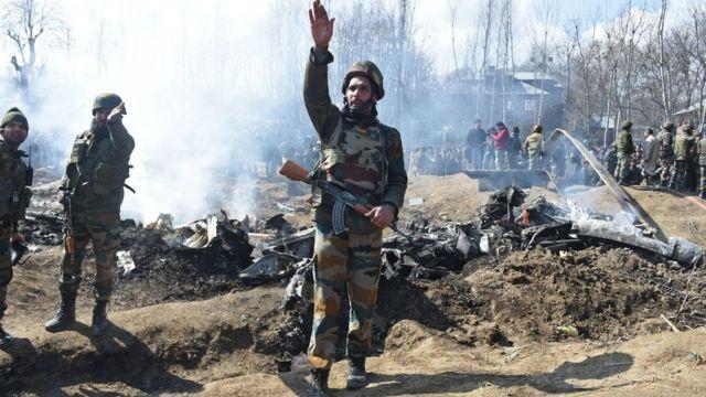 "BBC 인도 특파원 비넷 카레는 ""분노가 인도를 휩쓸고 있다""고 말했다"