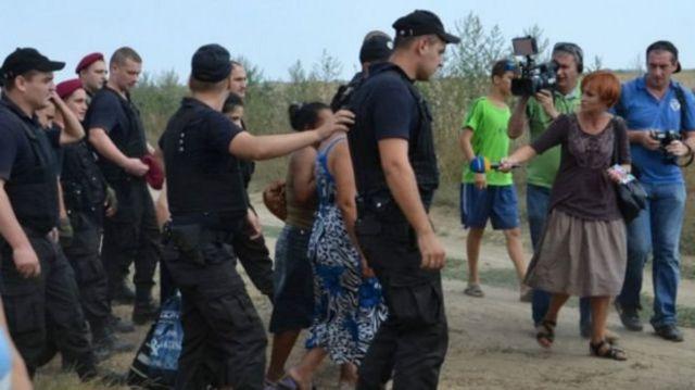 Полиция взяла под защиту нескольких цыганских женщин